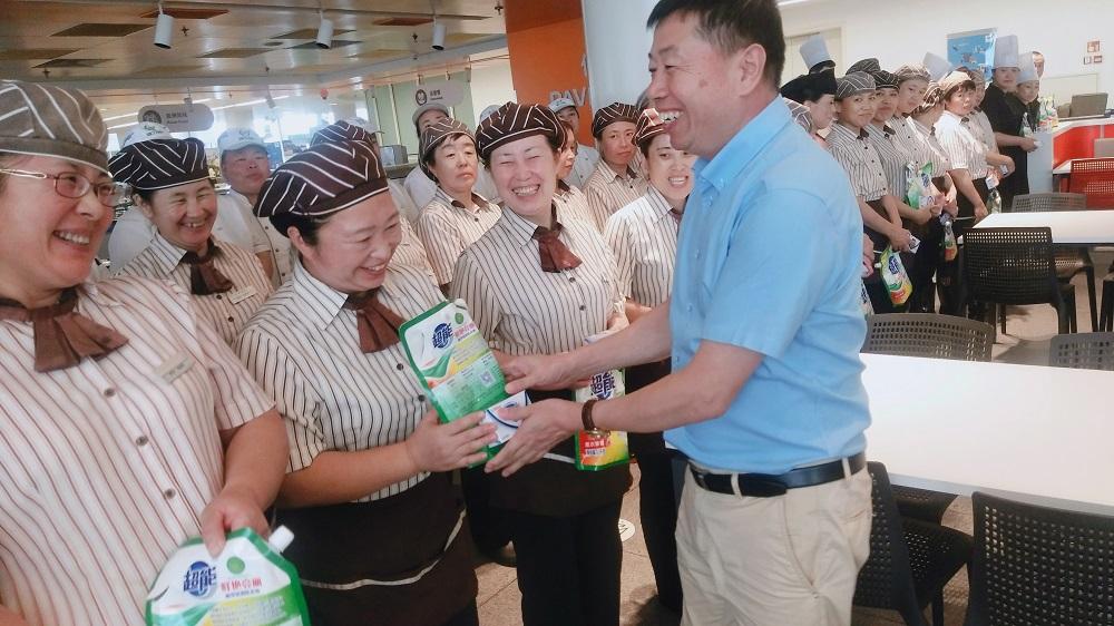 沈阳大区营运总经理张克明